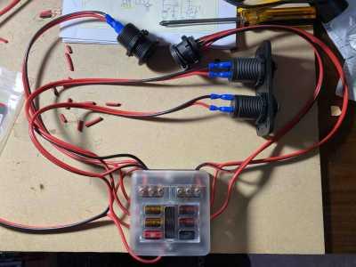 Batt box fuse block wiring